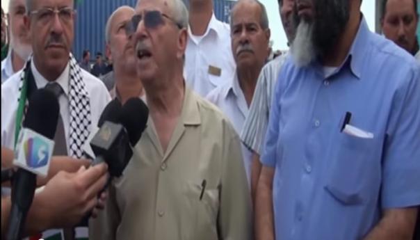 د.عمار طالبي رئيس لجنة الإغاثة يعطي إشارة إنطلاق قافلة الجزائر غزة 3