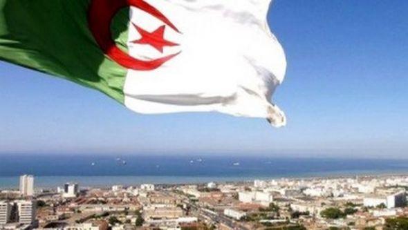 الجزائر بين الأفق المسدود والأمل المنشود.! بقلم الشيخ كمال أبوسنة