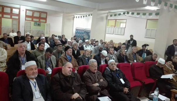 جمعية الإشعاع الثقافي بالتعاون مع مركز الشهاب التابع لجمعية العلماء تقيم ملتقى الشيخ أحمد إقروفة العيدلي